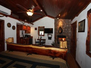 Cedar Bliss Star Cabin - Fredericksburg vacation rentals