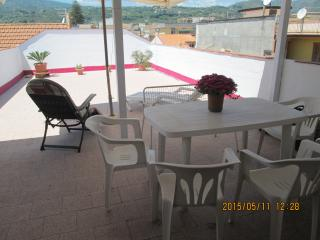 1 bedroom Penthouse with Deck in Fiumefreddo di Sicilia - Fiumefreddo di Sicilia vacation rentals