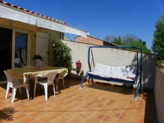 Comfortable 2 bedroom Villa in Montblanc - Montblanc vacation rentals
