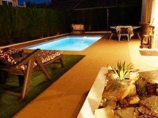 Spacious Villa with Pool, close to Beaches & Golf - Villamartin vacation rentals