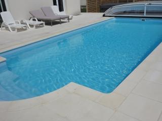 Nice Villa with Internet Access and Hot Tub - Lanveoc vacation rentals