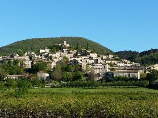 Cozy 3 bedroom Mirmande House with Internet Access - Mirmande vacation rentals