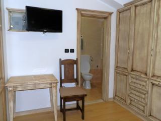Comfortable 4 bedroom Cerovlje Bed and Breakfast with Internet Access - Cerovlje vacation rentals