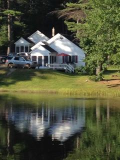 Cozy Cottage with Deck and Dishwasher - Weirs Beach vacation rentals