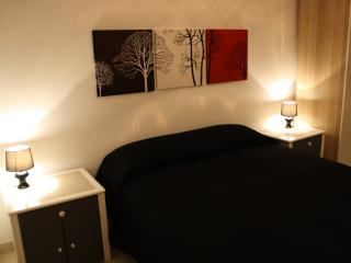 Nice 1 bedroom Vasto Bed and Breakfast with Internet Access - Vasto vacation rentals