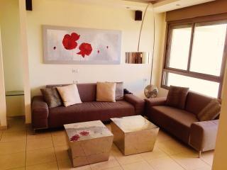 Short term flat for rent in Tel Aviv!!! - Tel Aviv vacation rentals