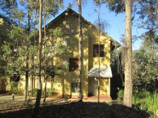 Casa Da Vinha - Self Catering Resort Villa - Pokolbin vacation rentals