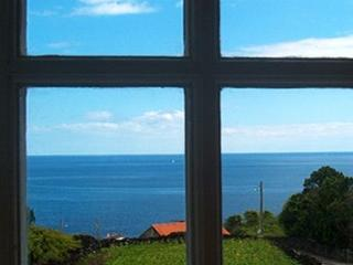 162 Cottage with Great sea views and shared Pool - Sao Joao vacation rentals