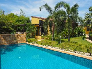 Charming Pool Villa in Long Beach, Koh Lanta - Ko Lanta vacation rentals