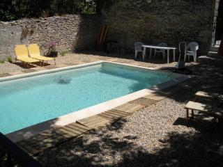 Maison de village avec piscine privative - charme - Langlade vacation rentals