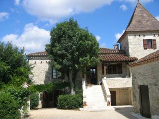 Demeure Quercynoise typique en Périgord (Lot) - Mauroux vacation rentals