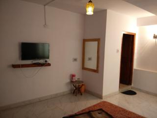 Bright 6 bedroom Bed and Breakfast in Manali - Manali vacation rentals