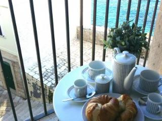 Cozy 2 bedroom Bed and Breakfast in Giovinazzo - Giovinazzo vacation rentals