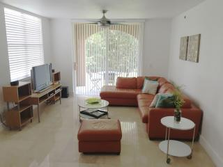 3/2 Aventura Condo Available for all seasons - Aventura vacation rentals