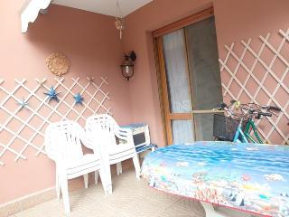 Appartamento Le Ginestre in Residence con piscina - Lido delle Nazioni vacation rentals