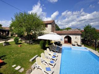 TH00482 Luxury Villa Murva (zauzece vidi i  stavi u TH0022) - Zminj vacation rentals