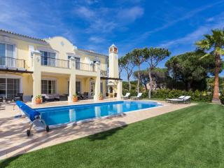Casa Costelloe - Vale do Lobo vacation rentals