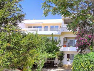 Dijana Apartments Red Springtime Suite - Split vacation rentals