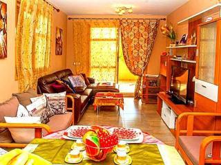 Luxury garden flat near Terra-Mitica - Benidorm vacation rentals
