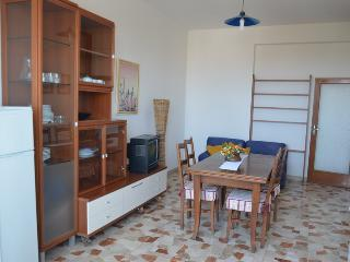 Viserba appartamento vista mare - Viserba vacation rentals