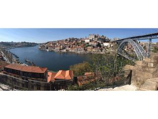 Suite B- Porto Viewpoint of Douro riverfronts - Vila Nova de Gaia vacation rentals