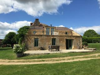 The Barn, Les Vitarelles - Molieres, Dordogne - Molieres vacation rentals