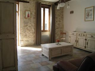 Cozy 3 bedroom Gite in Boulbon - Boulbon vacation rentals