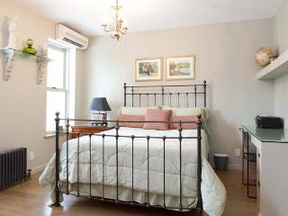 Park Slope, Brooklyn Private bedroom and bathroom - Brooklyn vacation rentals