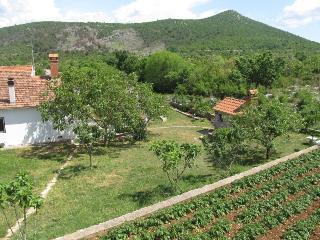 Country house Duje near Šibenik - Sibenik vacation rentals