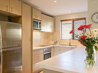 Cozy 2 bedroom Condo in Byron Bay with Internet Access - Byron Bay vacation rentals