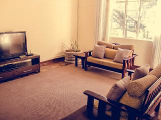 Beautiful Furnished 2 Bedroom in Avondale Harare - Harare vacation rentals