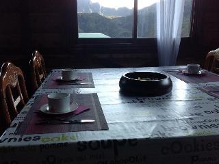 Gite expédit orchidée sauvage - Mafate vacation rentals