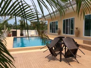 Luxury pool villa Cha am, Thailand - Cha-am vacation rentals