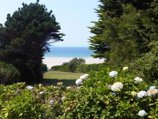 Beach Gite - Beach House Rental in Brittany - Plonévez-Porzay vacation rentals
