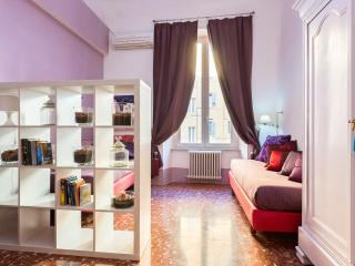 Visconti 1-Nice &  Central up to 5 people - Rome vacation rentals