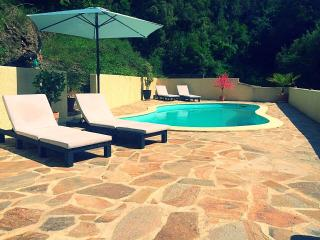 Villa St. Michel in Lamalou les Bains. Excellent for Golf, yoga and spa - Lamalou-les-Bains vacation rentals