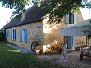 Holiday cottage in Tremolat Dordogne &private pool - Tremolat vacation rentals