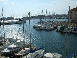 Le Cap d'Agde : T2 cabine 6 pers, avant port - Cap-d'Agde vacation rentals