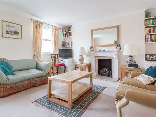 Sutherland Street (an Ivy Lettings home) - London vacation rentals