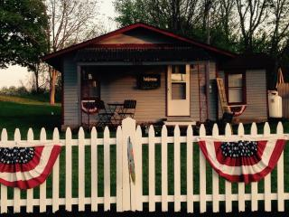 The Pultneyville Harbor Office Cottage - Pultneyville vacation rentals