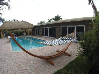 A Gorgeous Waterfront Sanctuary, with Heated Pool - Pompano Beach vacation rentals