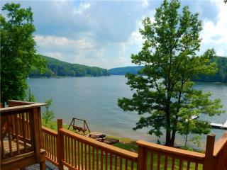 3 bedroom House with Deck in McHenry - McHenry vacation rentals