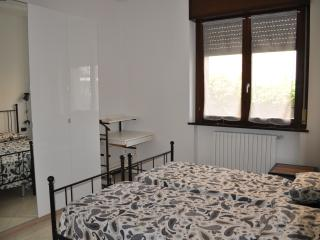 Romantic 1 bedroom Condo in Cantù - Cantù vacation rentals