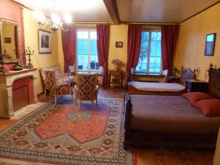 B&B Family room in a manor house - Valognes vacation rentals