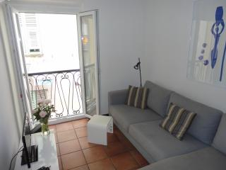 Rue Neuve - Old Town apartment with balcony - Nice vacation rentals