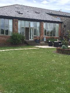 Lovely 2 bedroom Bury Saint Edmunds Condo with Internet Access - Bury Saint Edmunds vacation rentals