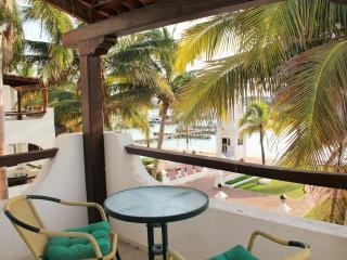 Marinas view Apartment - Progreso vacation rentals