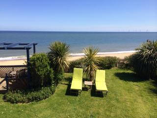 Spacious House with Deck and Internet Access - Great Yarmouth vacation rentals