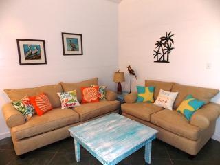 Beautiful 3 bedroom House in Port Aransas with Internet Access - Port Aransas vacation rentals