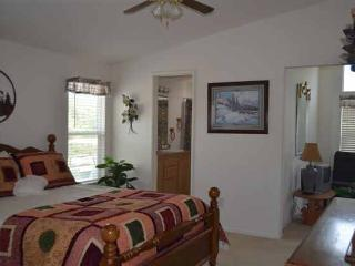Comfortable House with Internet Access and A/C - Shasta Lake vacation rentals